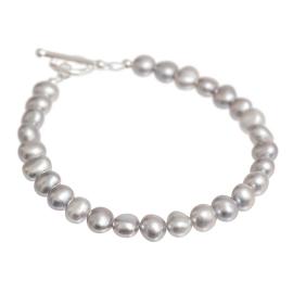 grey freshwater pearl bracelet