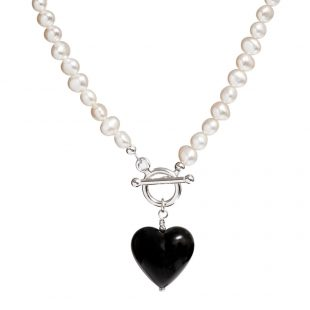 black-Murano-pearl-necklace