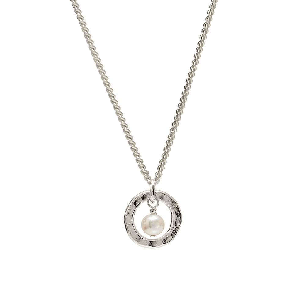 silver and pearl pendant necklace